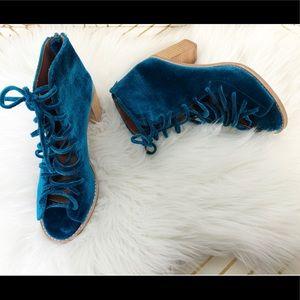 Jeffrey Campbell cors lace up velvet sandal